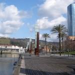 Bilbao_-_Avenida_de_Abandoibarra_2_900x900